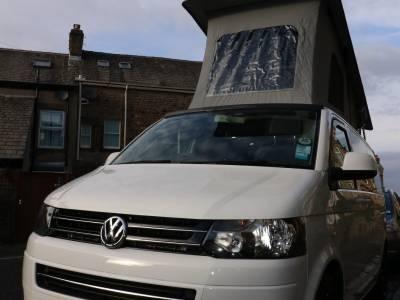 VW T5 Transpoter Campervan