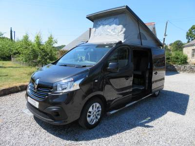 Renault Trafic sport conversion