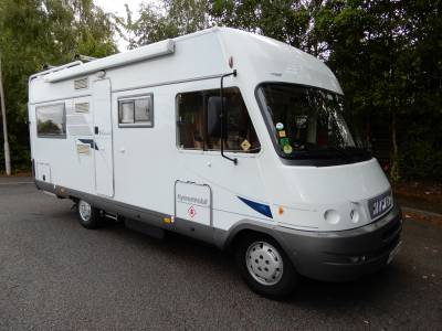 Hymer B655 Classic 2004 6 Berth Rear Fixed Bed Motorhome For Sale