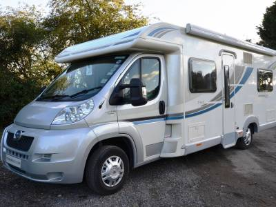 4-berth Bailey Approach 745se motorhome with fixed bed for sale