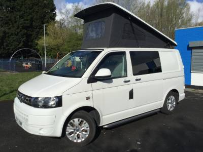 VW T5 Camper with low miles