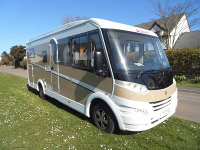 Dethleffs Globebus 4 berth A class fixed single beds large garage motorhome for sale