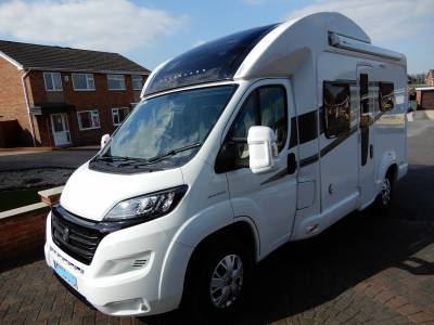 Bessacarr 424 2015 4 Berth End Washroom Electric Drop Down Bed Motorhome For Sale