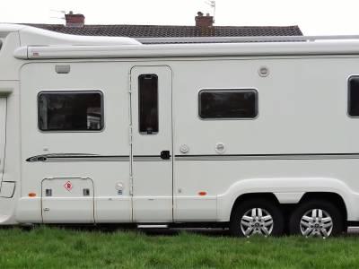 2009 Bessacarr E769 Tag Axle 3.0l 160bhp - Low mileage - Fixed Bed - 5 Berth