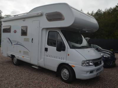 2005 DETHLEFFS ADVANTAGE A6671