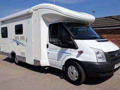2010 Chausson Flash 14 Rear Twin beds central washroom - Garage - Low mileage - 4 berth - 4 seatbelts
