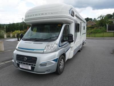 Autotrail Cheiftain Frontier 6 berth fixed rear bed over garage