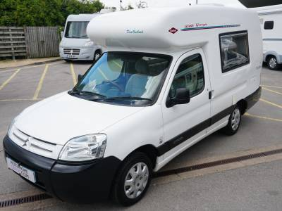 Romahome Duo outlook 2 berth end kitchen campervan motorhome for sale