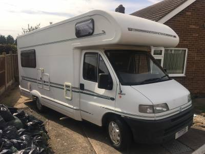 Bessacarr E625 4 Berth Rear Lounge Motorhome For Sale
