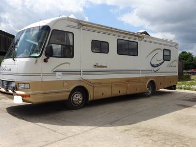 Deposit taken - RV Coachmen Catalina 847 3 berths 9 seat belts