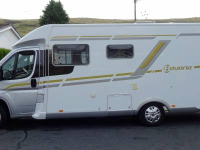 2015 Pilote Bavaria T740 Class Low mileage 4 berth rarely come to market - £3000 OFF September 2019