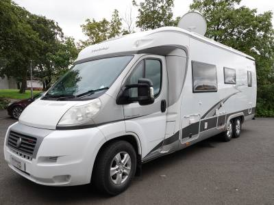 Hobby Toskana 750 Exclusive, Low-profile, 4-Berth, 4 Travelling Seats, Fixed Rear Bed, Motorhome for Sale