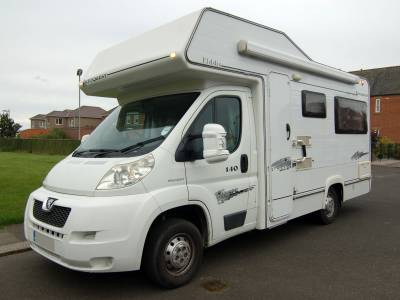 2007 Elddis Autoquest 140 end lounge coachbuilt motorhome