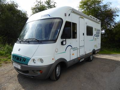Hymer B564. 2001.  Over Cab Bed. 4 Berth Motorhome
