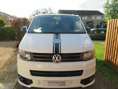 VW T5 LWB Camper, Low Mileage, full width rock & Roll Bed, Removable Pod Unit