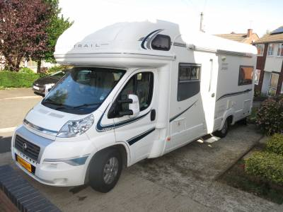 Auto Trail Scout - Luxury 6 berth Motorhome