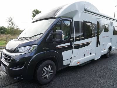 Swift Bessacarr 596, Lo-line, Auto, 6-berth, 6 travelling Seats, End Lounge, Motorhome for Sale