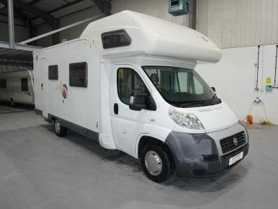 Mooveo C707 7 berth 6 belt Rear fixed bunk beds motorhome for sale