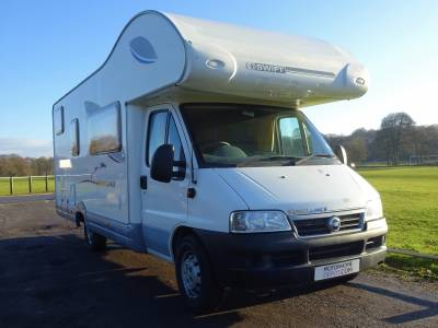 2005 Swift Sundance 630G - Low Mileage - 6 Berth - 4 Seatbelt - Large Rear Garage