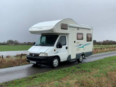 Lunar Champ A520 Compact Rear Lounge Motorhome For Sale