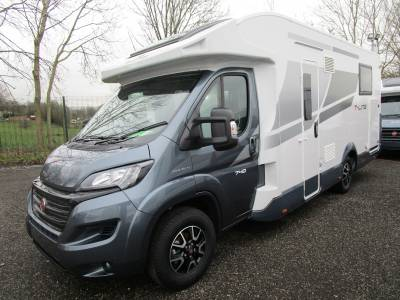 Roller Team T Line 740 4 Berth Island Bed Automatic Motorhome For Sale