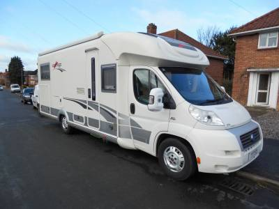Carthago Chic E Line T51 2009 2 Berth