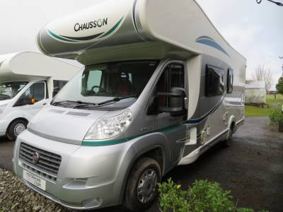 Chausson Flash C636, 6 berth, 6 travelling seats, Reasr garage and Rear bunk beds