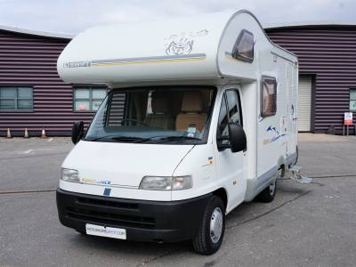 Swift Sundance 530S 4 Berth 4 Seatbelt Motorhome End Kitchen