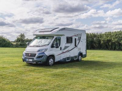 ROLLER TEAM T-LINE 590 AUTOMATIC 4 BERTH DROP DOWN BED 2018 MOTORHOME FOR SALE