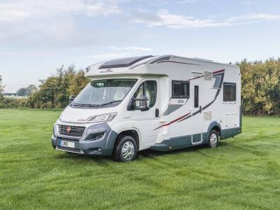 ROLLER TEAM AUTO ROLLER 694 4 BERTH AUTOMATIC MOTORHOME FOR SALE