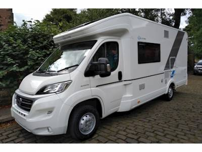 Sun Living S70 DF Automatic 6 Berth Fixed Bed Motorhome For Sale