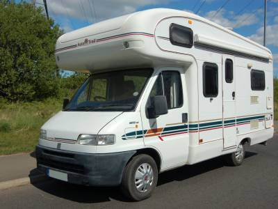 1998 Autotrail Cheyenne 590S end kitchen motorhome