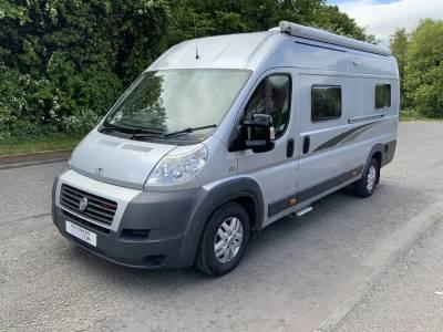 Vantage Neo 2 Berth Luxury Rear Lounge Twin Single Beds Camper Van For Sale