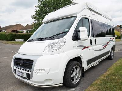Auto-Trail V Line 600 Sport High top