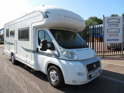 Autotrail Apache 725 SE 6 Berth 4 Belts Motorhome For Sale
