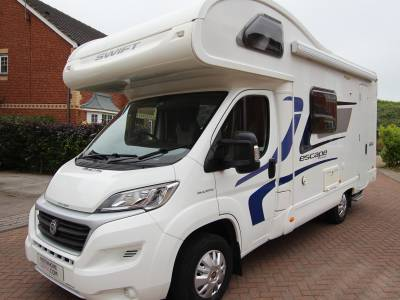 Swift Escape 624, 5 berth, 6 seat belt, centre dinette, end kitchen