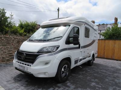 2018 Hymer Van 314, very low mileage, Rear fixed bed