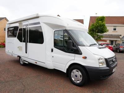 Hobby Siesta 65FL, Low-profile, 4-Berth, 4 Travelling Seats, Fixed Rear Bed, Double Drop-down Bed, Motorhome for Sale