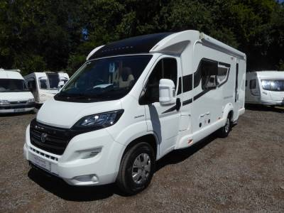 Bessacarr E442.  2 Berth Motorhome  End Bathroom
