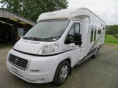 REDUCED Hobby Toskana 690 Exclusive, 2012, 4 berth, 4 Travelling seats, Rear fixed Bed