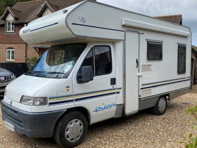 1998 4-berth Swift Sundance 590RL motorhome for sale with rear lounge