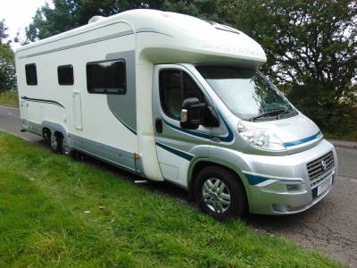Autotrail Comanche 4 berth rear fixed bed motorhome for sale