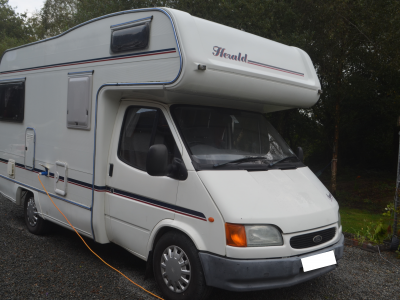 1999 HERALD SQUIRE 400 RL