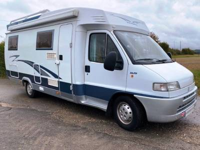 REDUCED 2002 4-berth left hand drive Hobby 600 motorhome for sale with fixed bed
