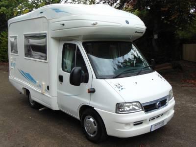 Avondale 4 CLS 4 berth rear L-shaped kitchen & washroom coachbuilt motorhome for sale