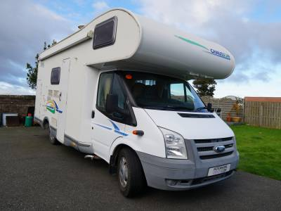 Chausson Flash 03, 6-Berth, 6-Seatbelts Motorhome for Sale