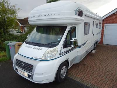 Auto-trail Cheyenne 840D SE Highline 6 berth Rear fixed bed motorhome for sale