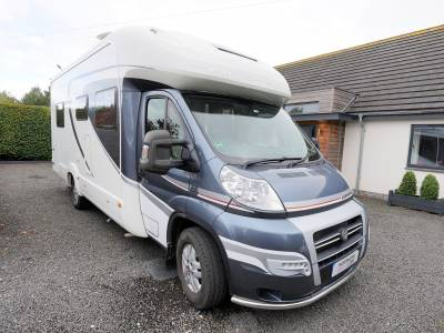 Auto-Trail Frontier Savannah, 4-Berth, 2-Seatbelts, End Single Beds. Motorhome for Sale