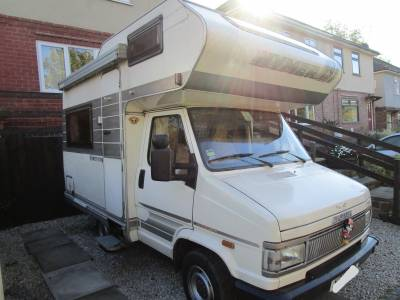 HYMER CAMP 46 COMPACT 3 BERTH MOTORHOME FOR SALE 1993