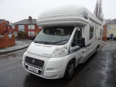 Auto-Trail Arapaho, 2008, 6 berth, end lounge, Motorhome for sale